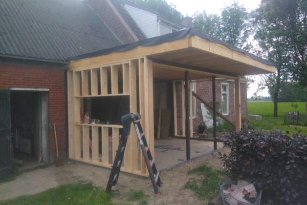 Aanbouw huis